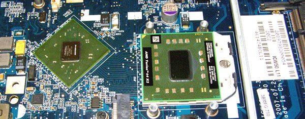 Reparación de placa base de ordenador portátil